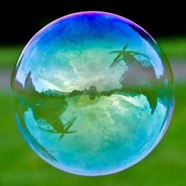 Amazing Popular Landmarks in Bubbles (7)