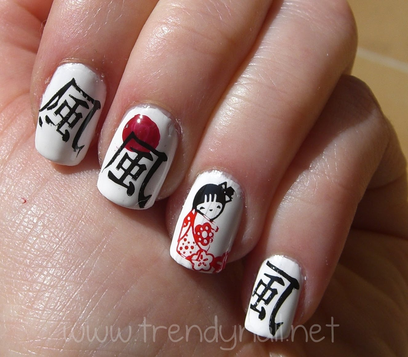 Japanese Nail Art – Humoring the Goddess