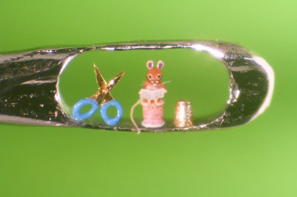 Micro-sculptures-in-the-eye-of-a-needle-04