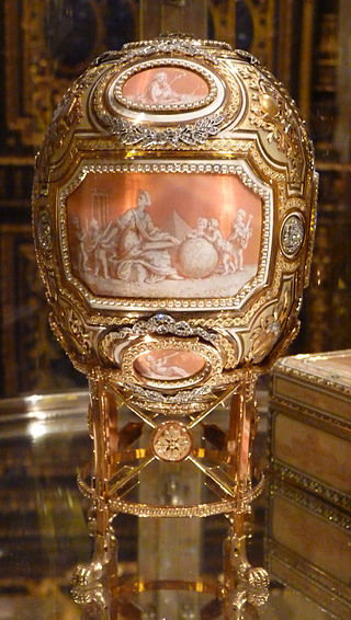 Catherine_the_Great_(Fabergé_egg) (1)