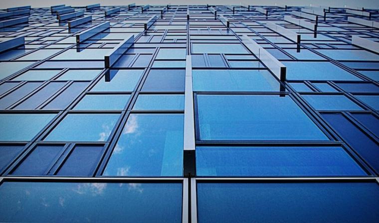2012-The-blue-windows-London-England3738x2205