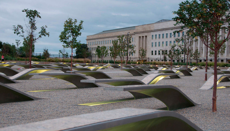 hero-image-pentagon-memorial-photo-credit-mike-myers