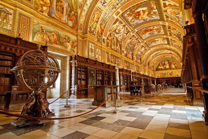 royal-monastery-library-of-san-lorenzo-de-el-escorial-spain